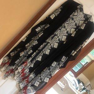 LOVESTITCH beautiful NWOT Kimono OS